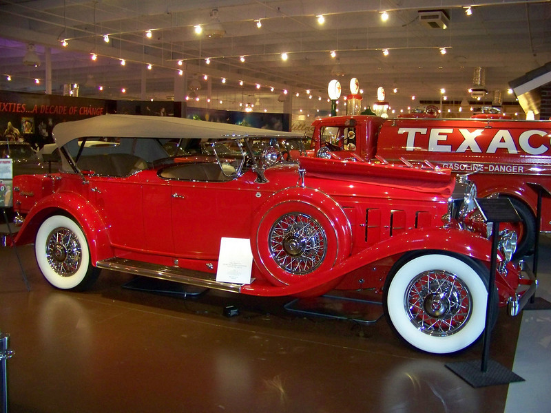 Secret Classic Car Museum in Florida Opens to the Public